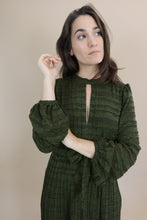 Load image into Gallery viewer, Peephole Dress - Green