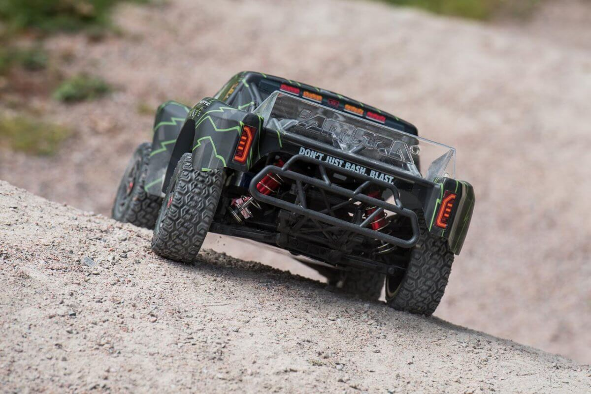 Arrma Senton 6S review rear on gravel