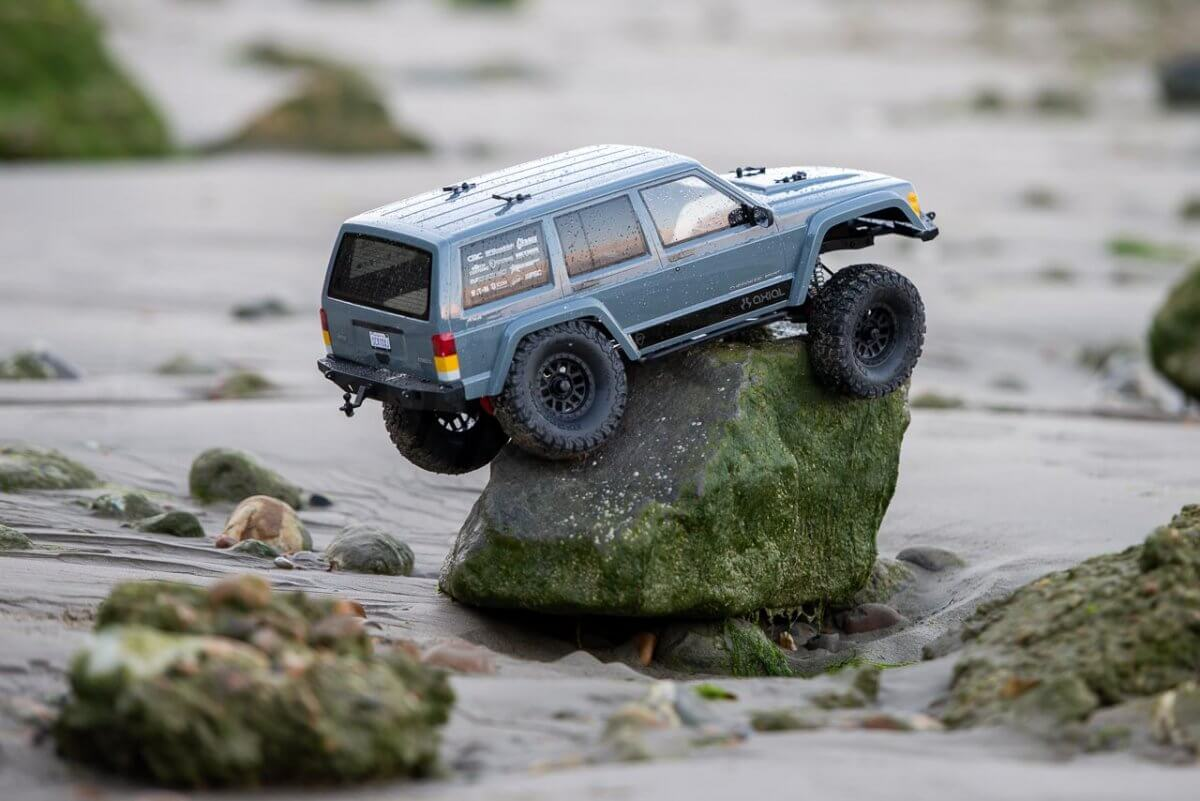 Axial SCX10 II Review Jeep Cherokee beach limpet climbed up