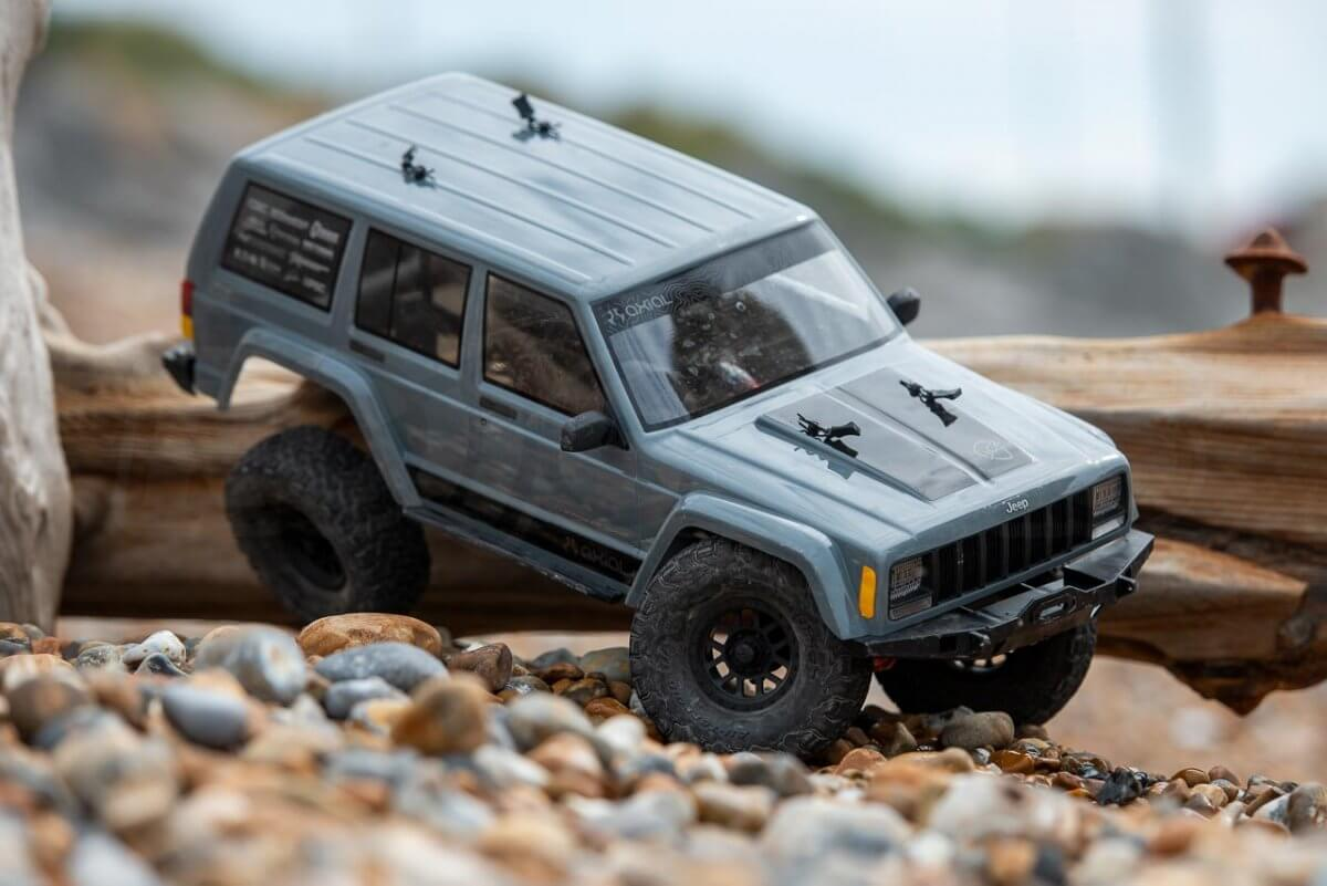 Axial SCX10 II Review Jeep Cherokee extreme articulation