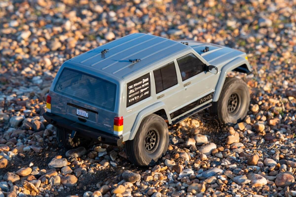 Axial SCX10 II Review Jeep Cherokee power wheelspin