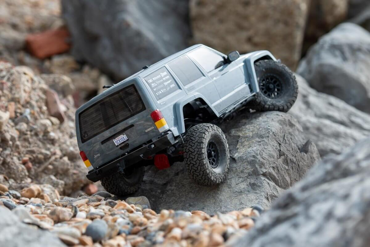 Axial SCX10 II Review Jeep Cherokee rocks rear clambering