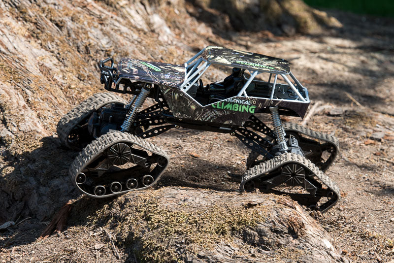 RC Car with tracks
