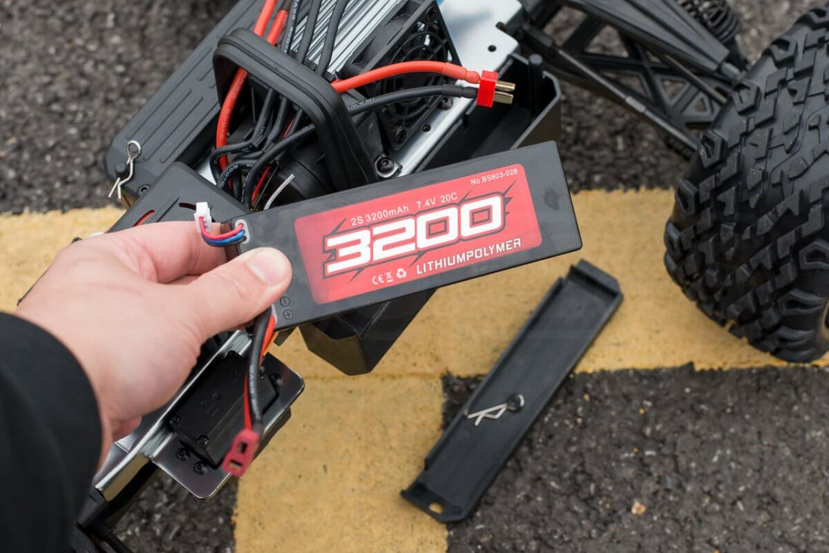 BSD Racing Flux Marauder Review 3200 lipo battery