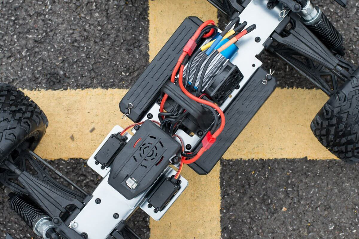 BSD Racing Flux Marauder Review chassis electronics