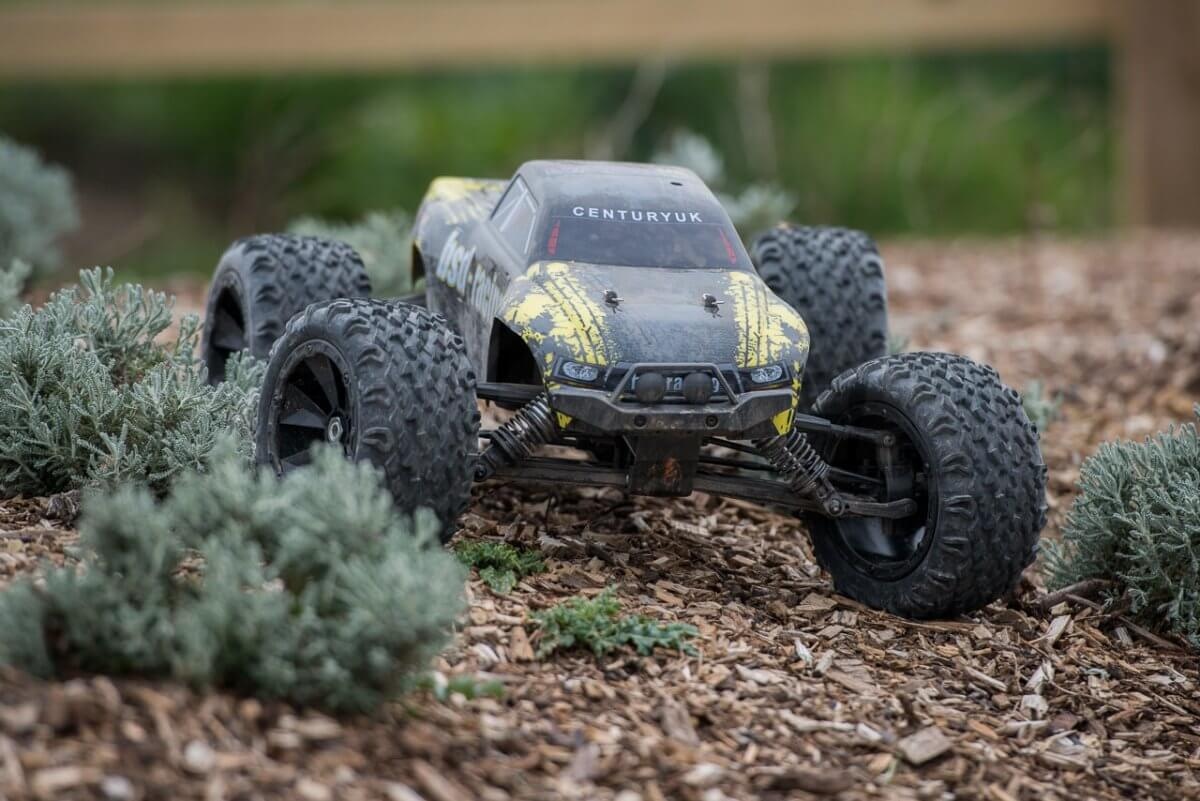 BSD Racing Flux Marauder Review chippings parked front feature