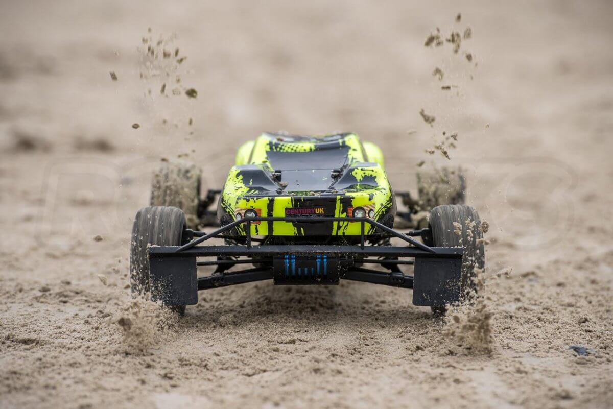 BSD Racing Flux Storm V2 Truggy Review sand launch