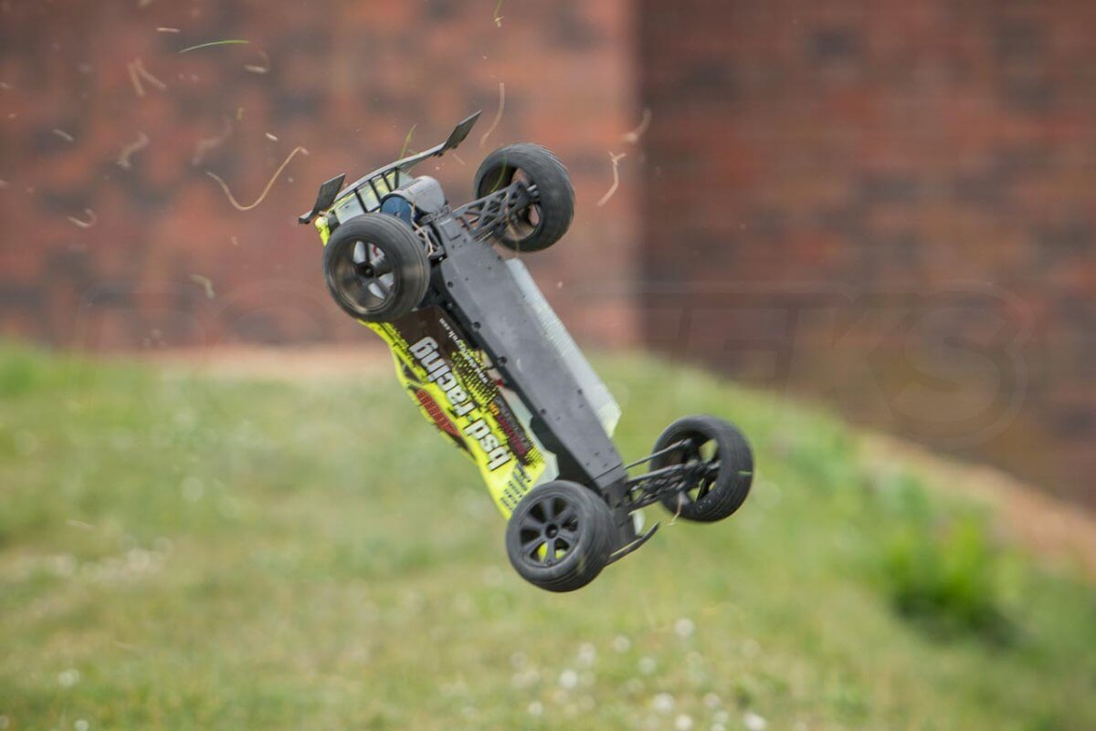 BSD Racing Flux Storm V2 Truggy Review when things go wrong crash