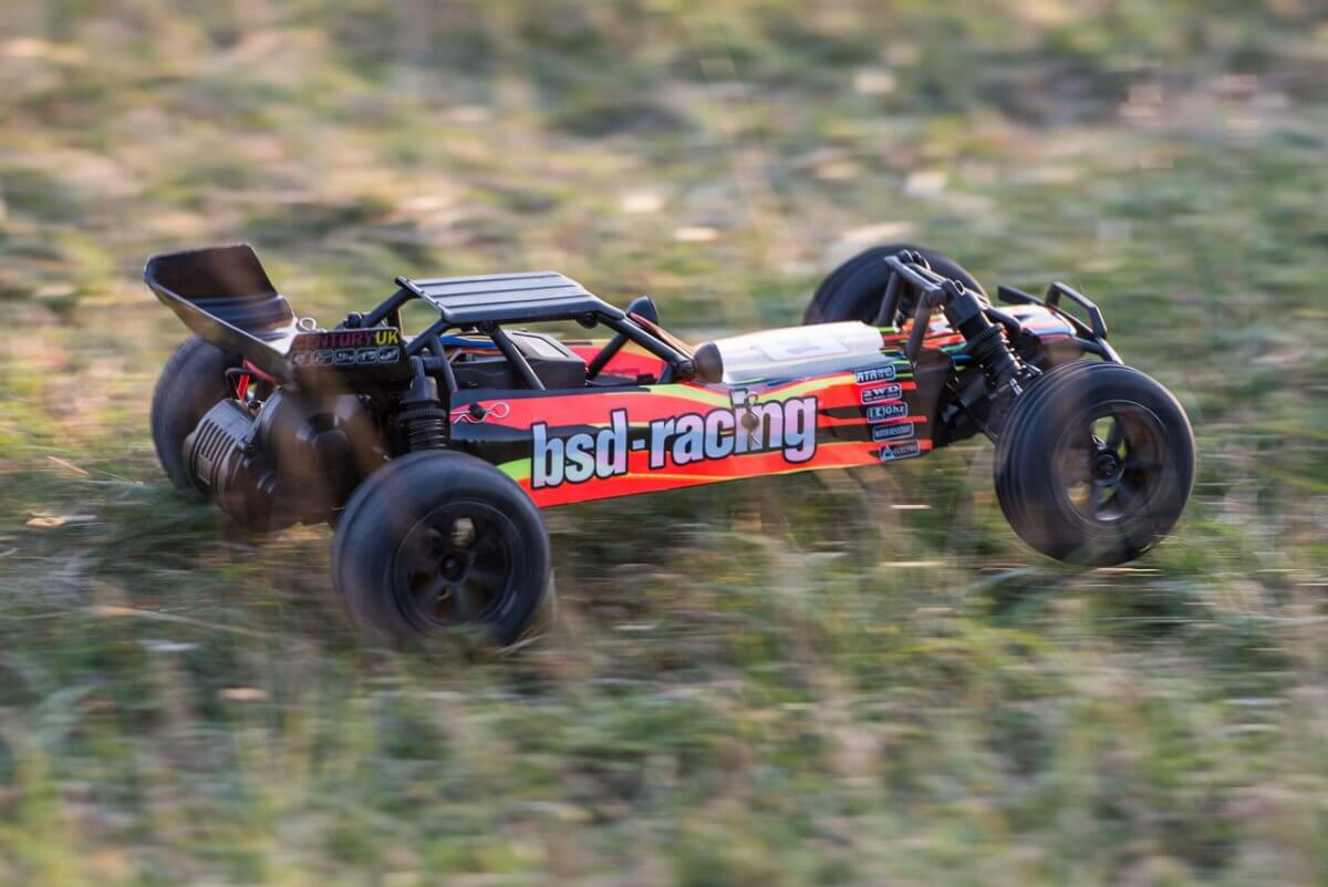 BSD Racing Prime Baja V3 Brushed Buggy review driving right
