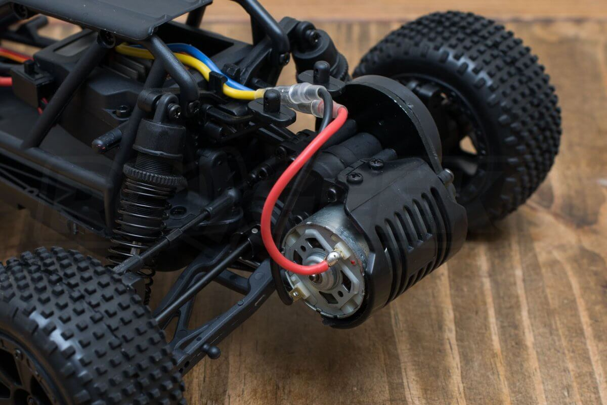 BSD Racing Prime Baja V3 Brushed Buggy review outboard rear motor_