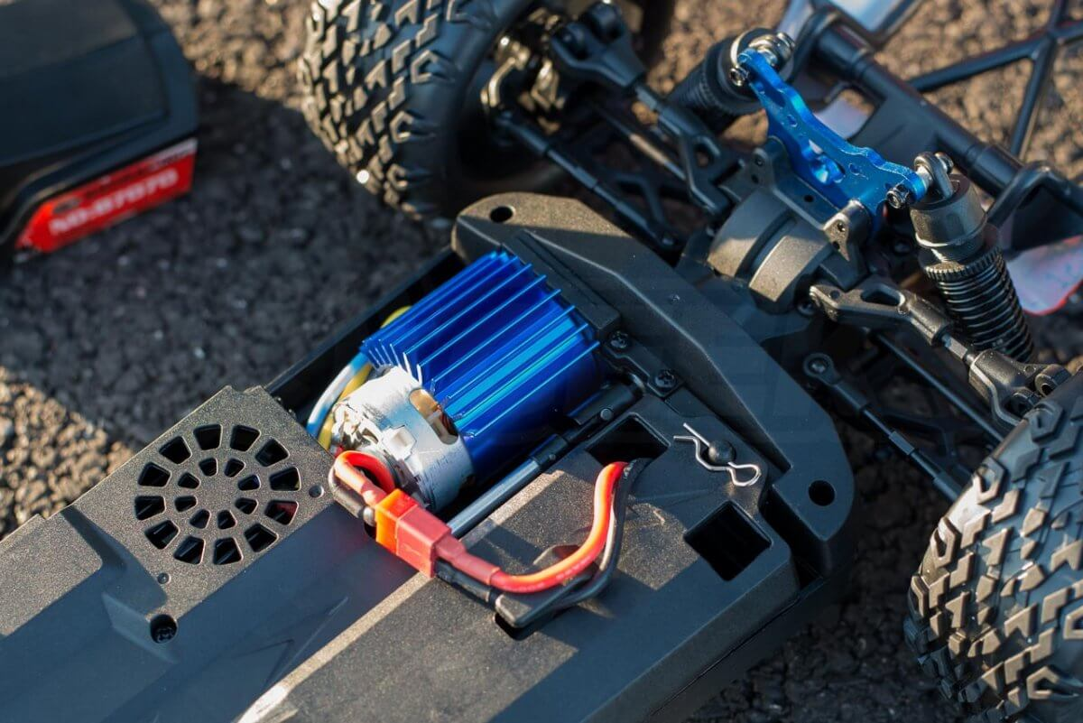 BSD Racing Prime Desert Assault review brushed motor batteries