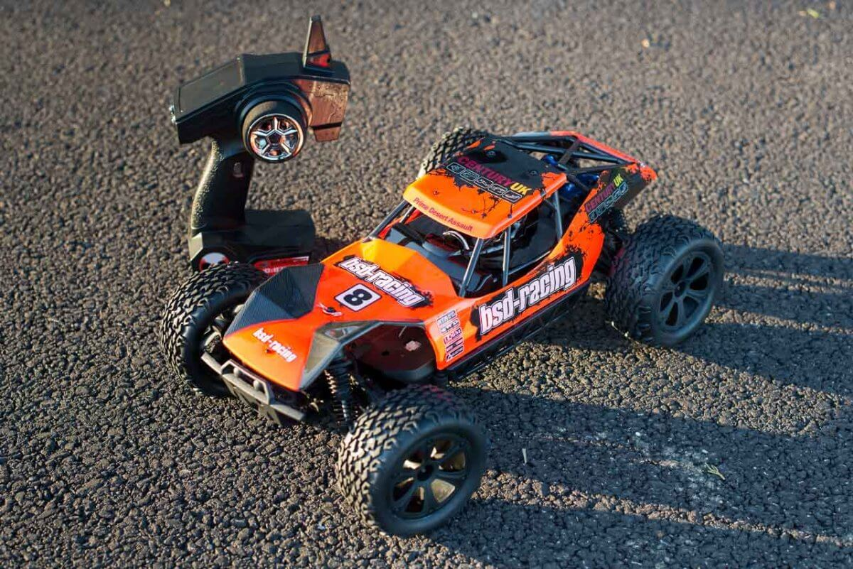 BSD Racing Prime Desert Assault review car and transmitter alternate