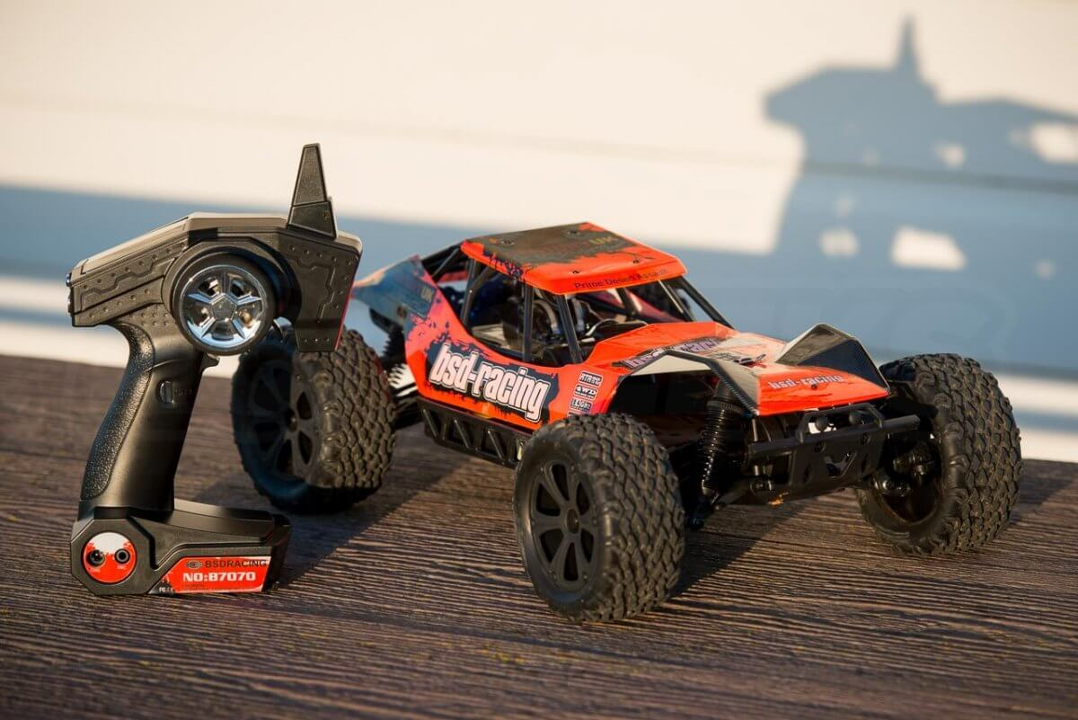 BSD Racing Prime Desert Assault review with transmitter unboxed