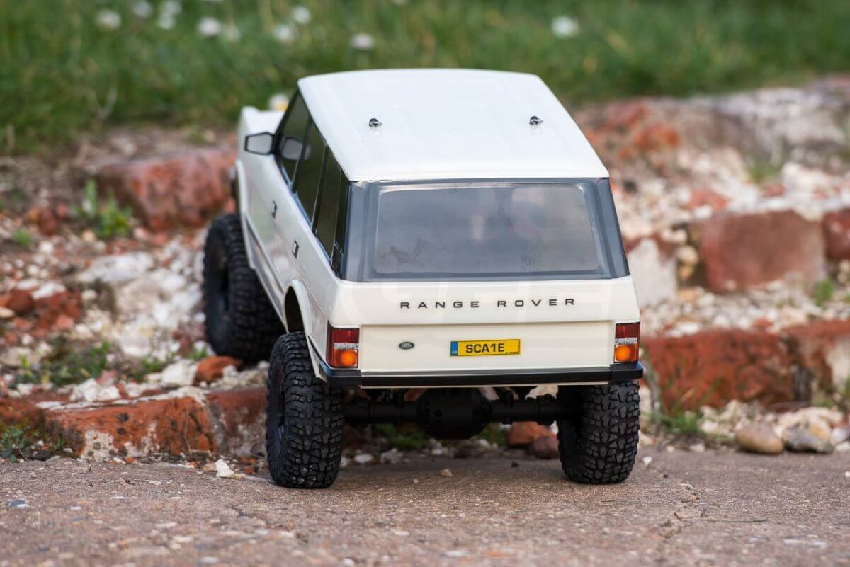 Carisma classic Range Rover Hands on review climbing up