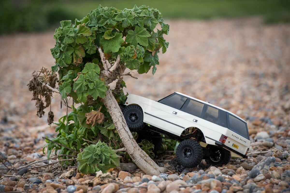 Carisma classic Range Rover Hands on review tree climb