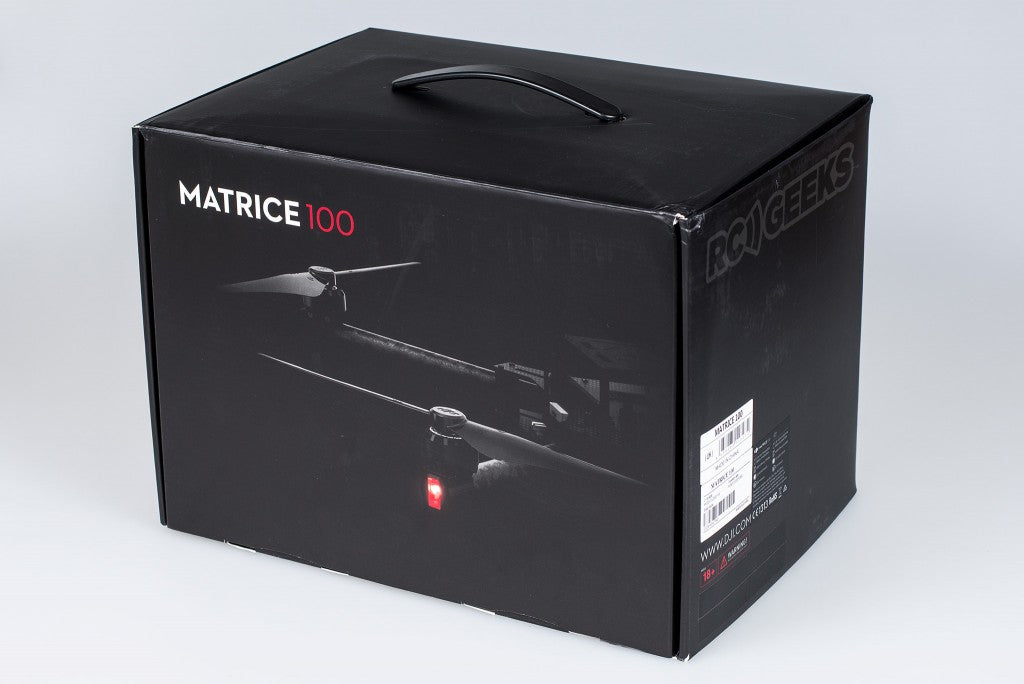 DJI-Matrice-100-unboxing_outer-box
