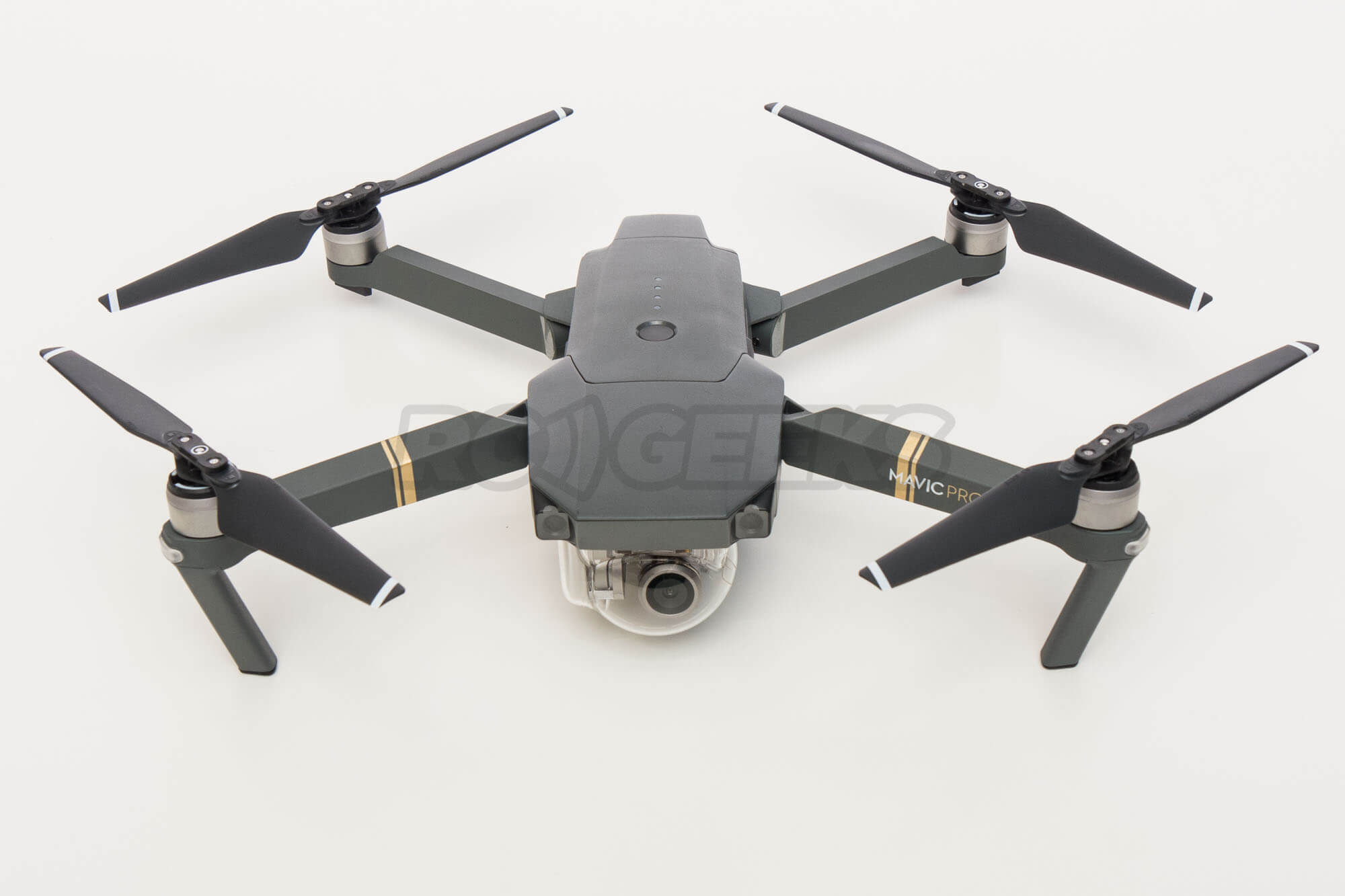 DJI-Mavic-pro-aircraft-folded-unfolded-arms-props