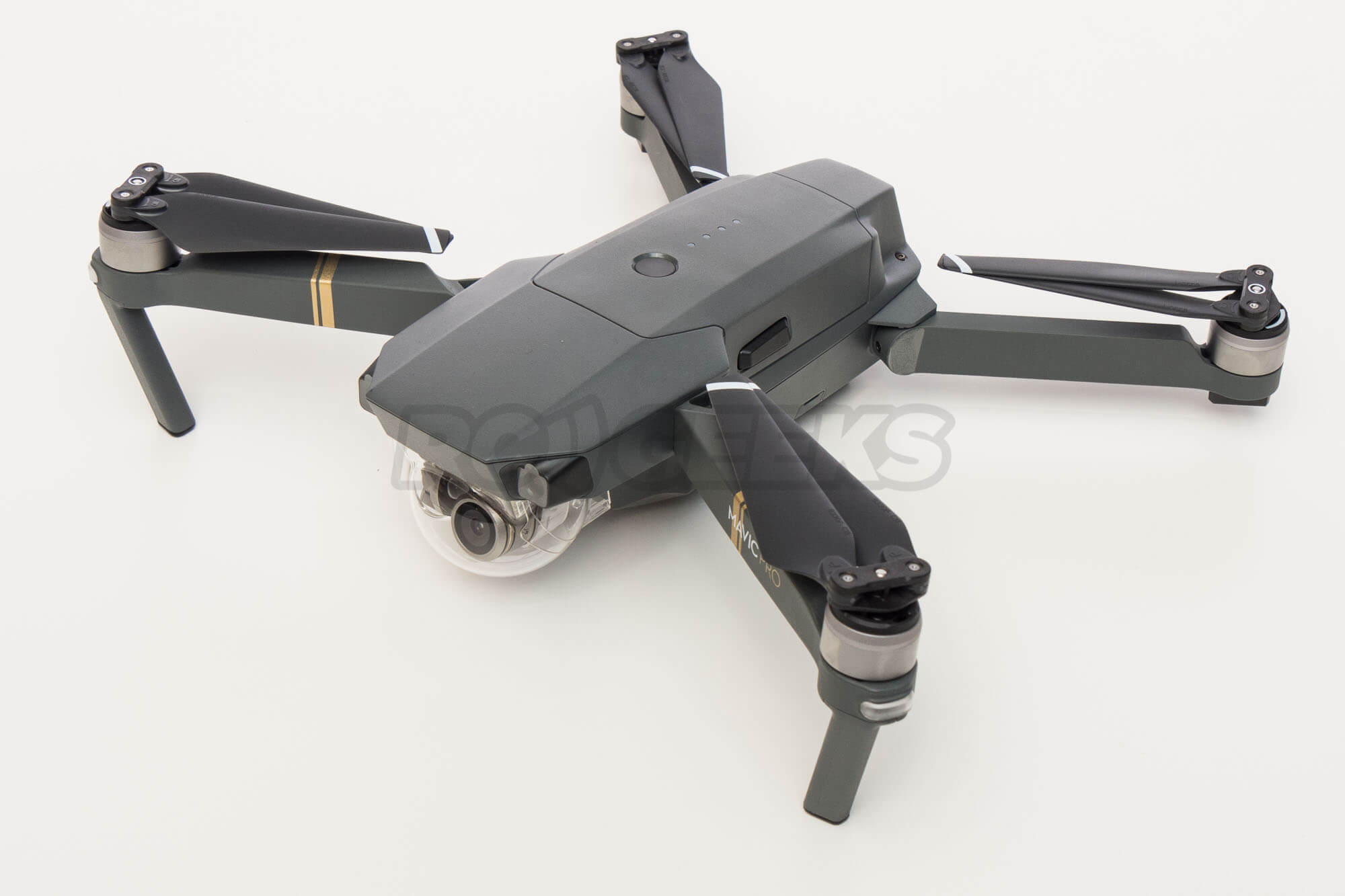 DJI-Mavic-pro-aircraft-folded-unfolded-arms