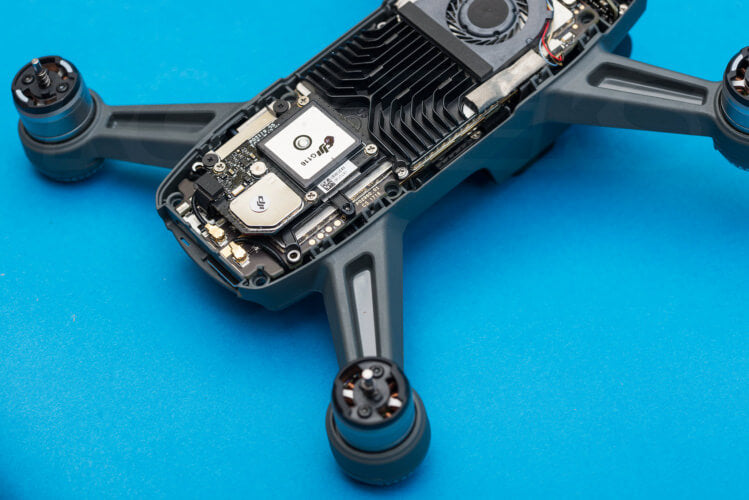 DJI Spark Teardown heatsink exhaust vents