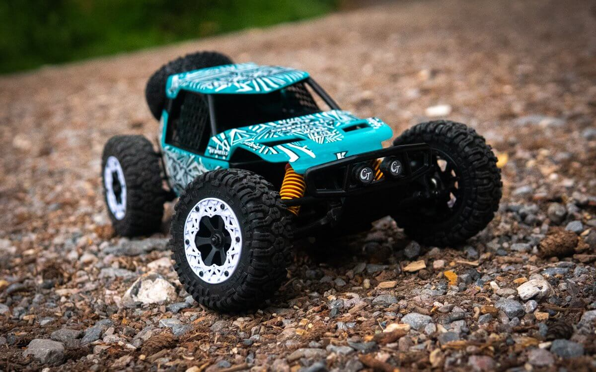 Kyosho Axxe Buggy Review Front left View