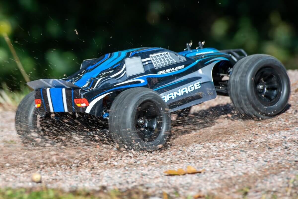 FTX Carnage Brushed versus Brushless comparison review brushless incredible acceleration