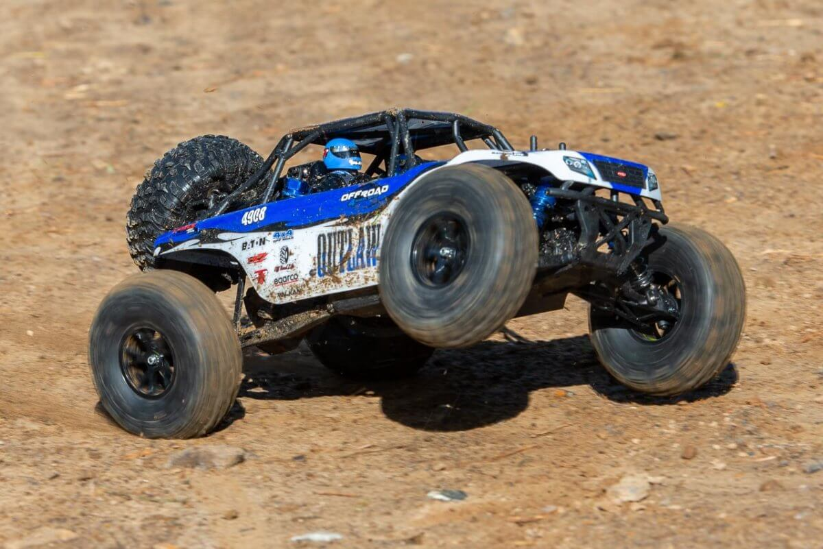 FTX Outlaw Ultra-4 Brushless Buggy Review chassis twist torque