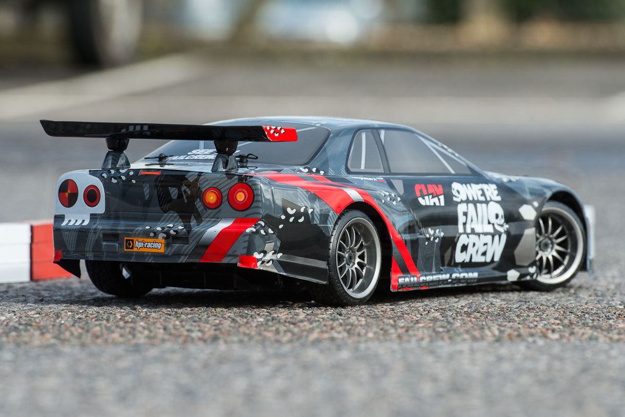 HPI Racing E10 Drift Nissan GT-R R34 Review hard parked rear