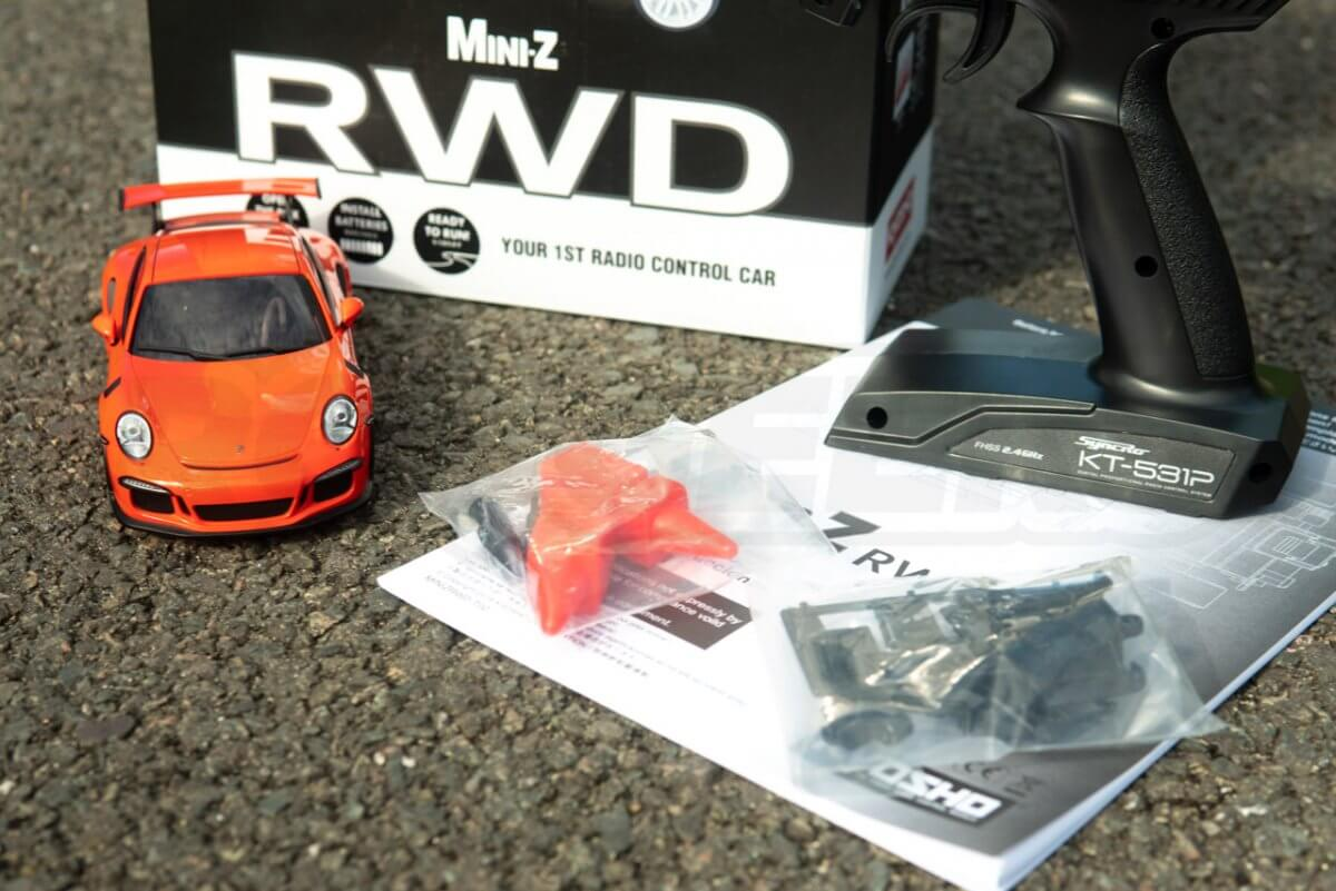 Kyosho Mini-Z Posche 911 Unboxed close up