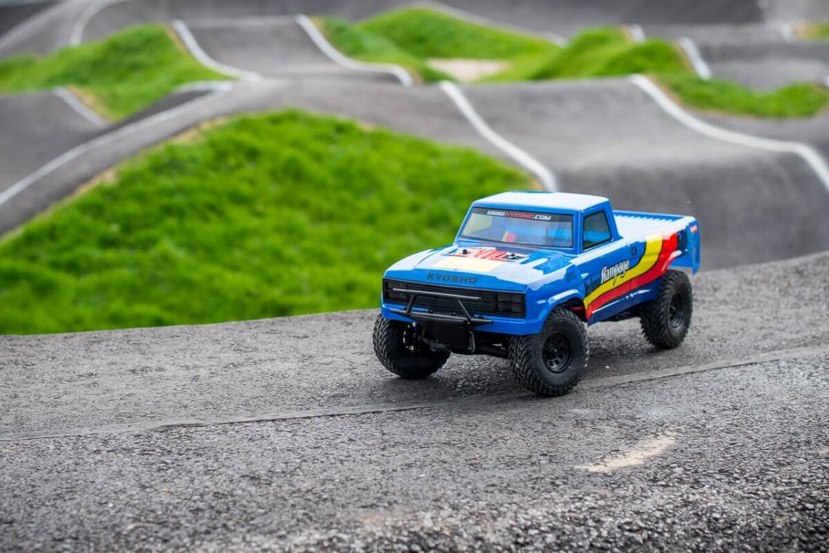 Kyosho Outlaw Rampage Review at the track closer