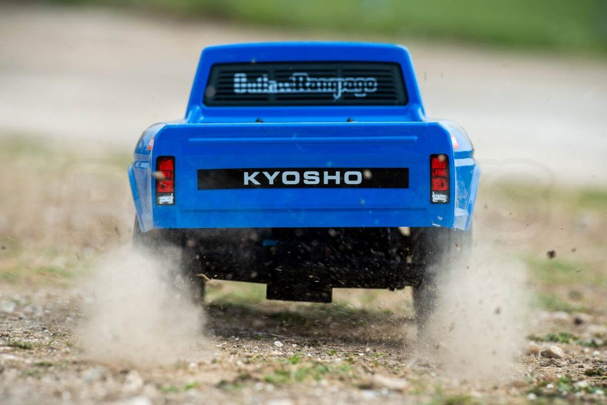 Kyosho Outlaw Rampage Review on dirt launching rear