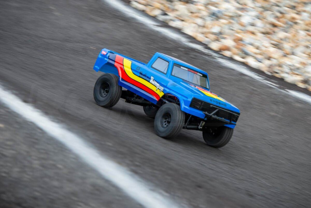 Kyosho Outlaw Rampage Review on track drive ramped