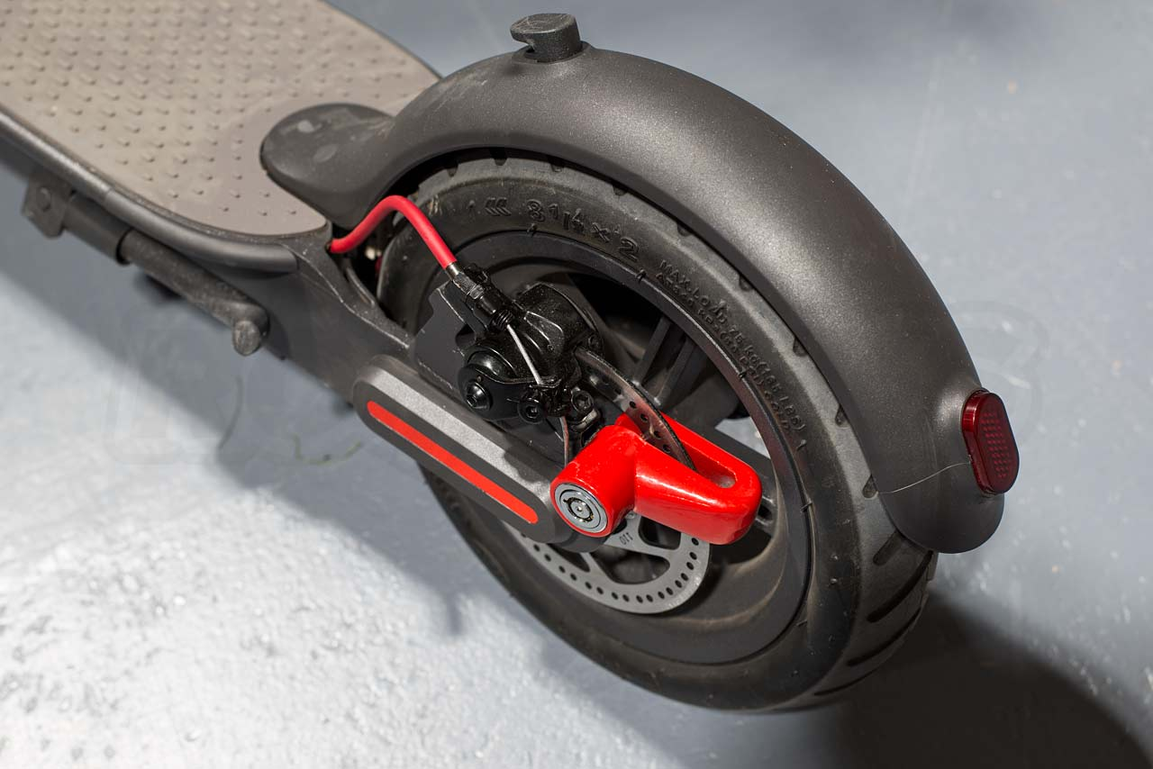 Mi-Electric-Scooter-Accessories-disc-lock-mounted