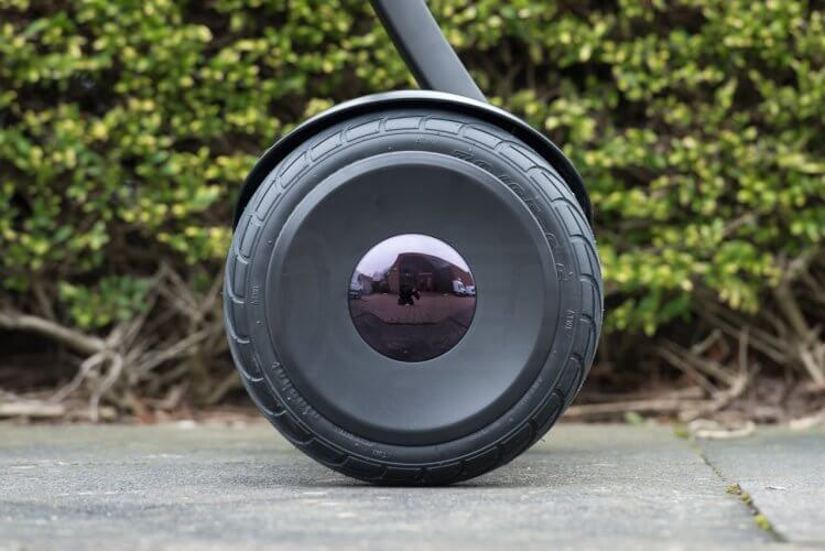 Ninebot Mini Review wheel tyre hubcap