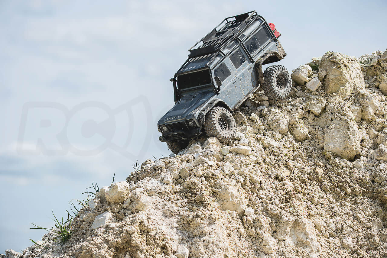 descending with a traxxas TRX-4 and hill hold
