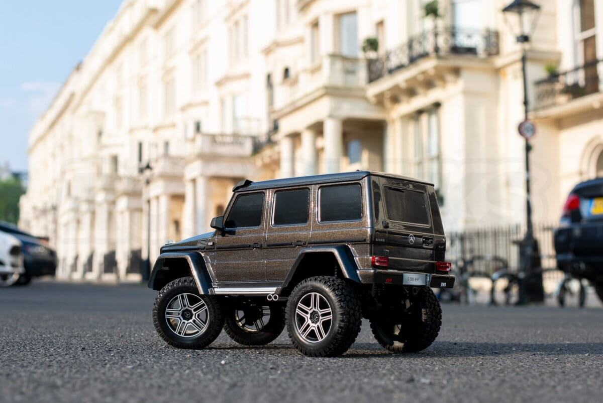 Traxxas TRX 4 Mercedes Benz G500 G wagon unxboxing review on the road rear