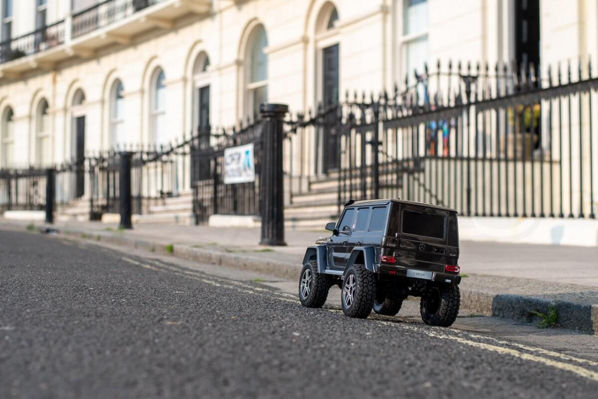Traxxas TRX 4 Mercedes Benz G500 G wagon unxboxing review on the road rear left