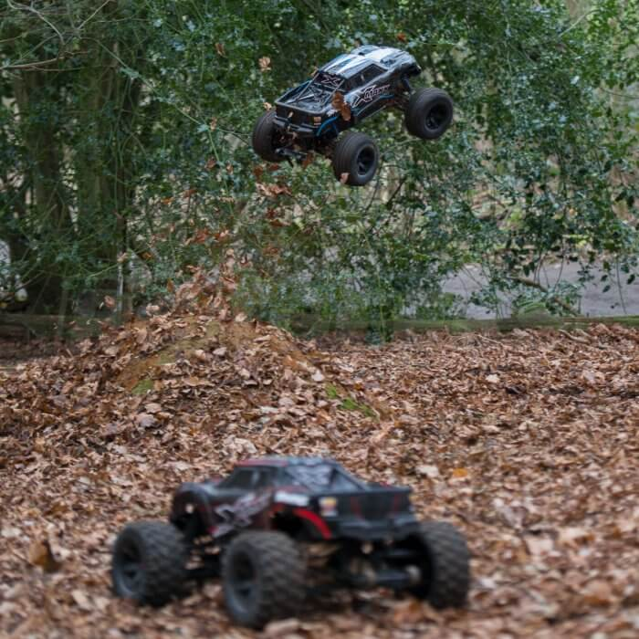Traxxas X-maxx review jumping trucks