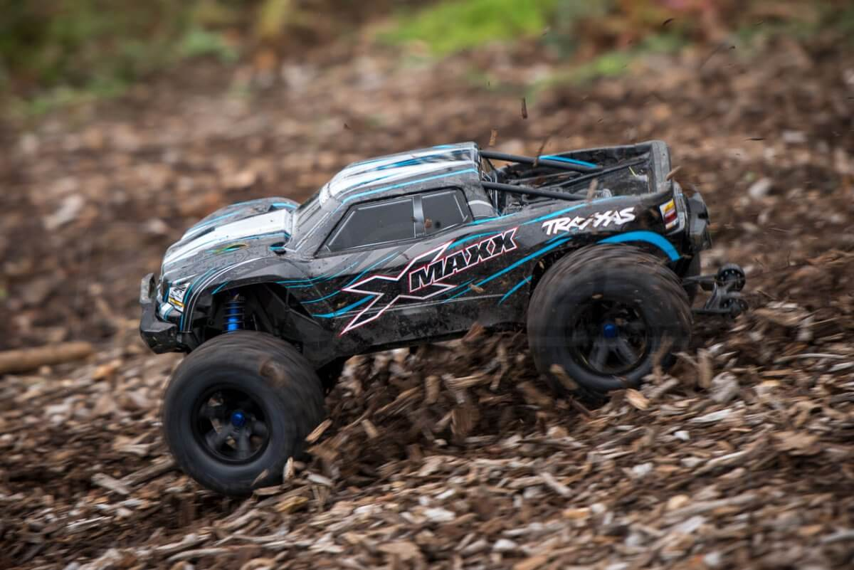 Traxxas X-maxx review sliding on chips