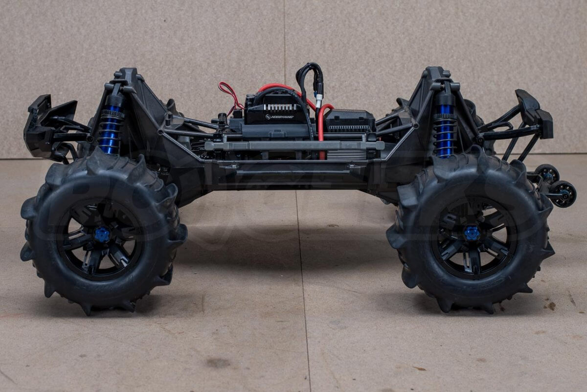 X-Maxx On Water Modifications paddle tyres fitted
