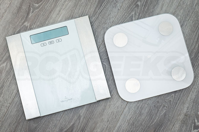 Xiaomi_Mi_Body_Composition_Scale_2_Review_smart_scale_compared_to_normal_scale