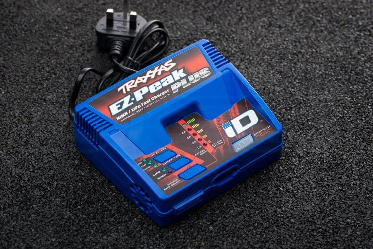 battery charging traxxas charger