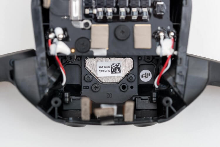 dji-mavic-air-teardown-rear-obstacle-avoidance-and-vision-positioning-system
