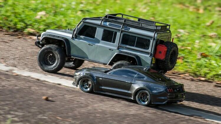 how fast are rc cars defender pass