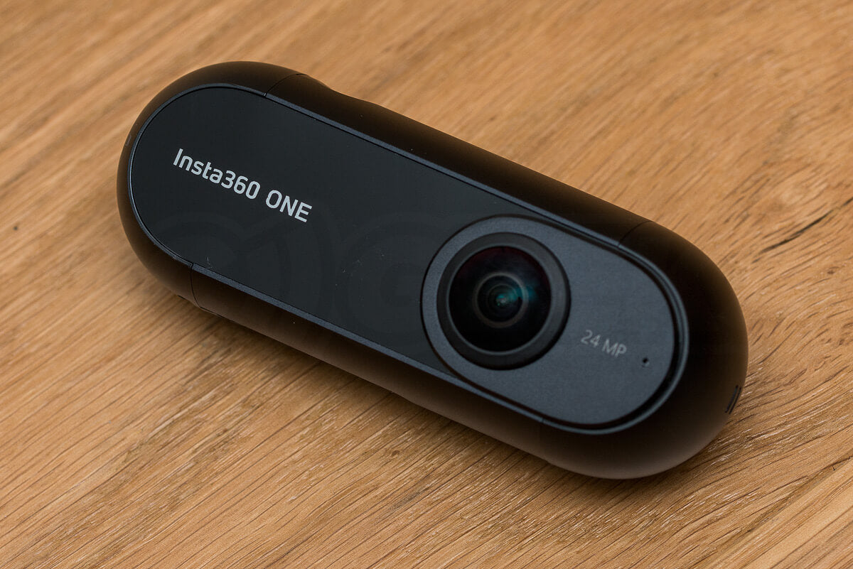 insta360one-review-unboxing_camera-front