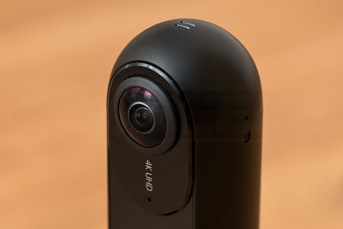 insta360one-review-unboxing_camera-top
