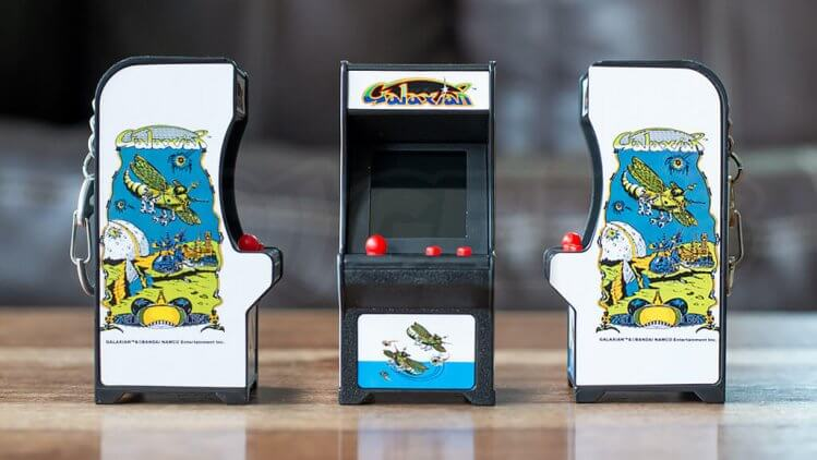 tiny-arcade-galaxian-cabinet-all-artwork-angles