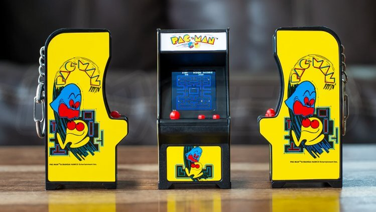 tiny-arcade-pacman-cabinet-all-artwork-angles
