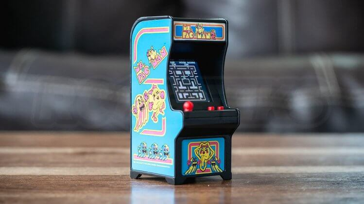 tiny-arcade-review-ms-pac-man-machine