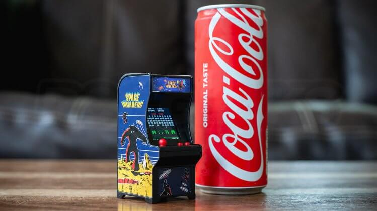 tiny-arcade-review-scale-size-coke-can
