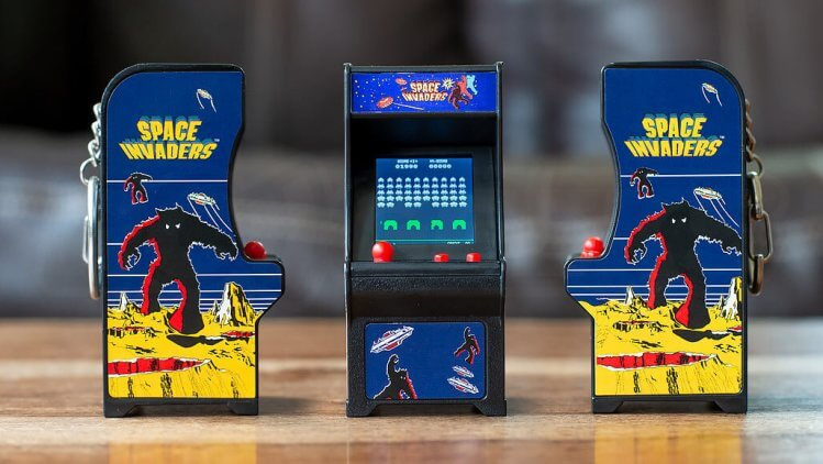tiny arcade space-invaders-cabinet-all-artwork-angles